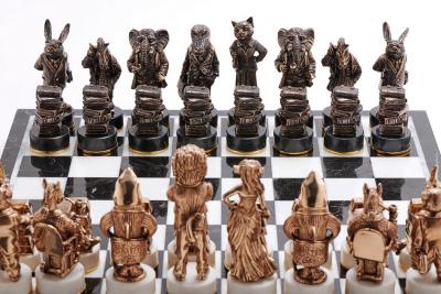 """Комплект шахмат """"Московский бизнес"""" - общий план черные фигуры"""
