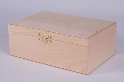Деревянный ящик для хранения шахмат